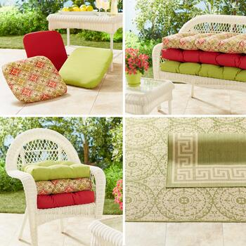 Indoor/Outdoor Cushions & Rugs