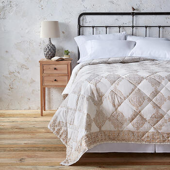 The Grainhouse™ Paisley Crest Cotton Quilt view 1