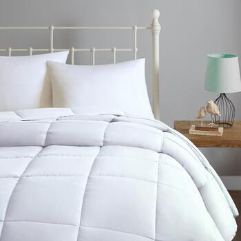 Elle White Down Alternative Microfiber Comforter