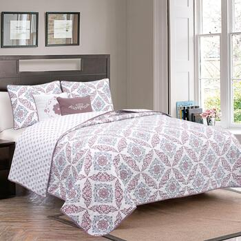 Melody Medallion Reversible Quilt Set