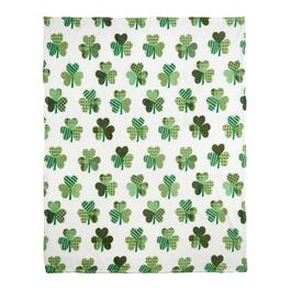 Patterned Heart Shamrocks Throw Blanket