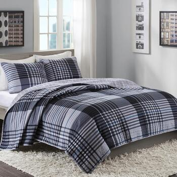 Printed Reversible Bedding Sets