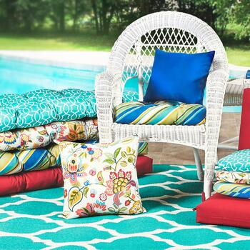 Indoor/Outdoor Cushions And Rugs