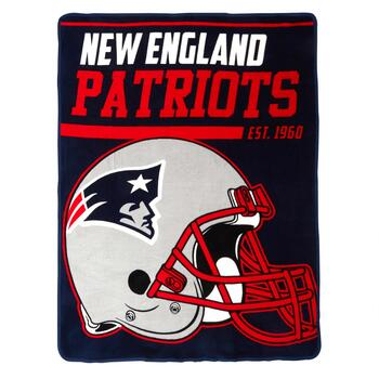 NFL New England Patriots Plush Throw Blanket