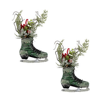 "7"" Hanging Ice Skates with Cardinal and Greenery, Set of 2"