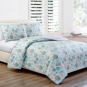 Panama Jack® Assorted Shells Quilt Set