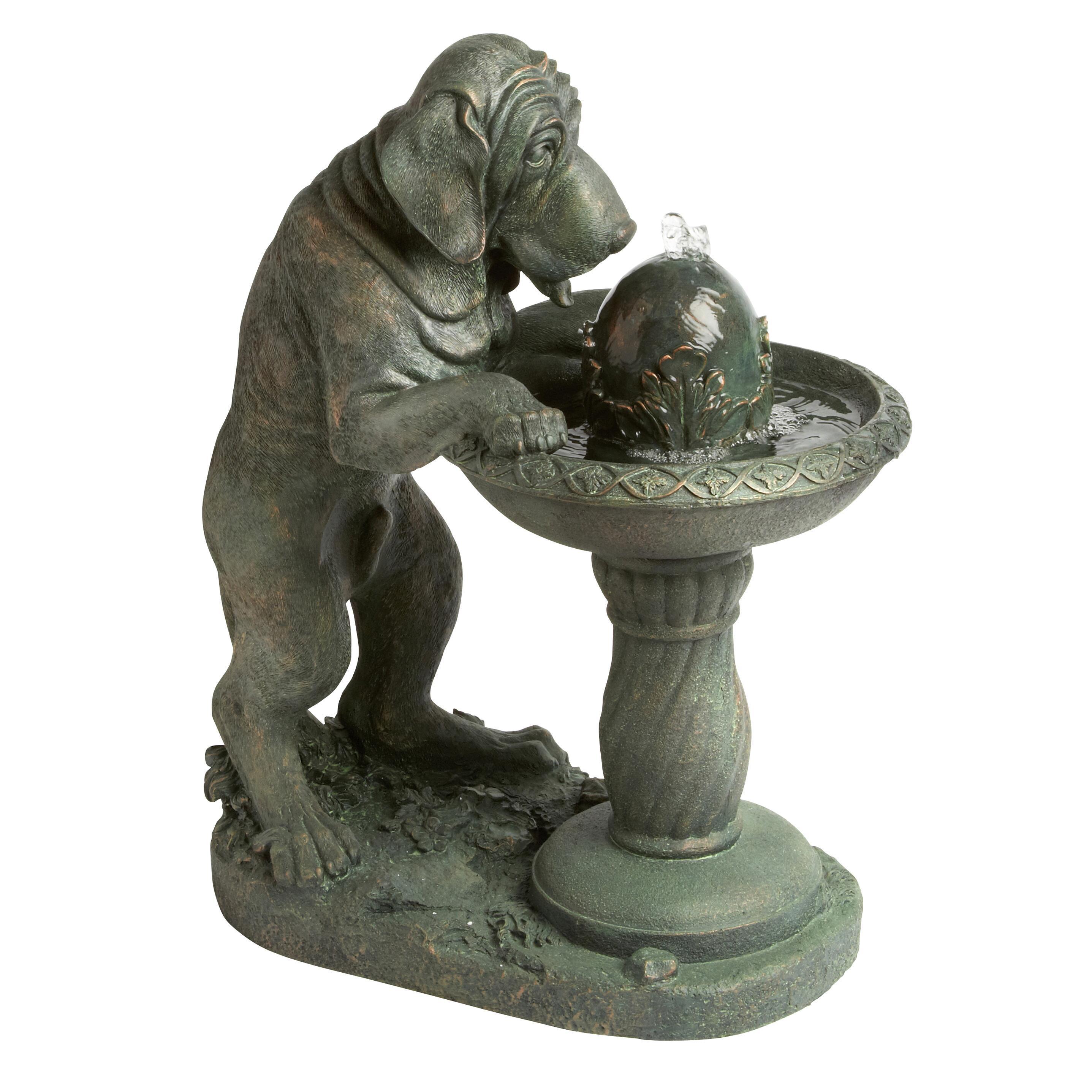 Exceptionnel Drinking Dog Garden Fountain