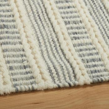 "The Grainhouse™ 5'3""x7'6"" Ivory/Gray Dhurrie Area Rug view 2"