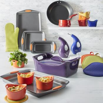 Rachael Ray™ Cookware and Bakeware