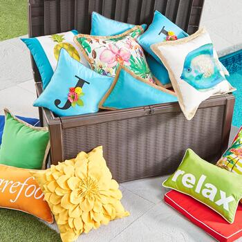 Indoor/Outdoor Accent Pillows