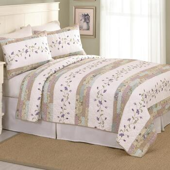 Gloria Embroidered Cotton Quilt
