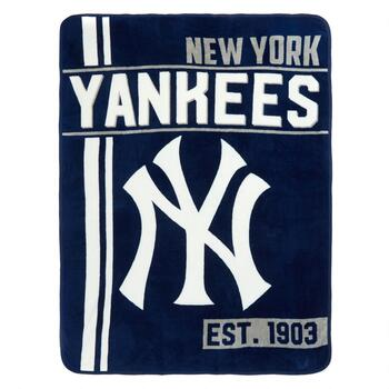 MLB New York Yankees Plush Throw Blanket