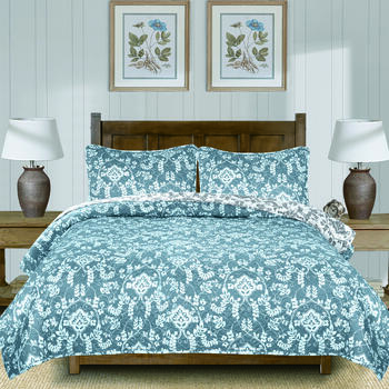 The Grainhouse™ Lotte Green/White Leaves Quilt Set view 1