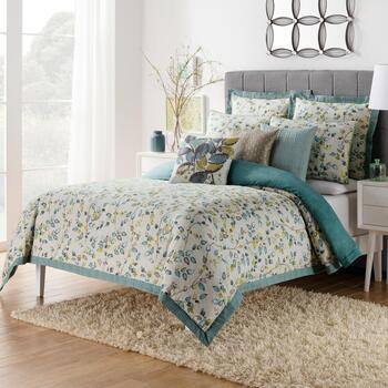 Famous Maker Elsbury Full/Queen Reversible Duvet