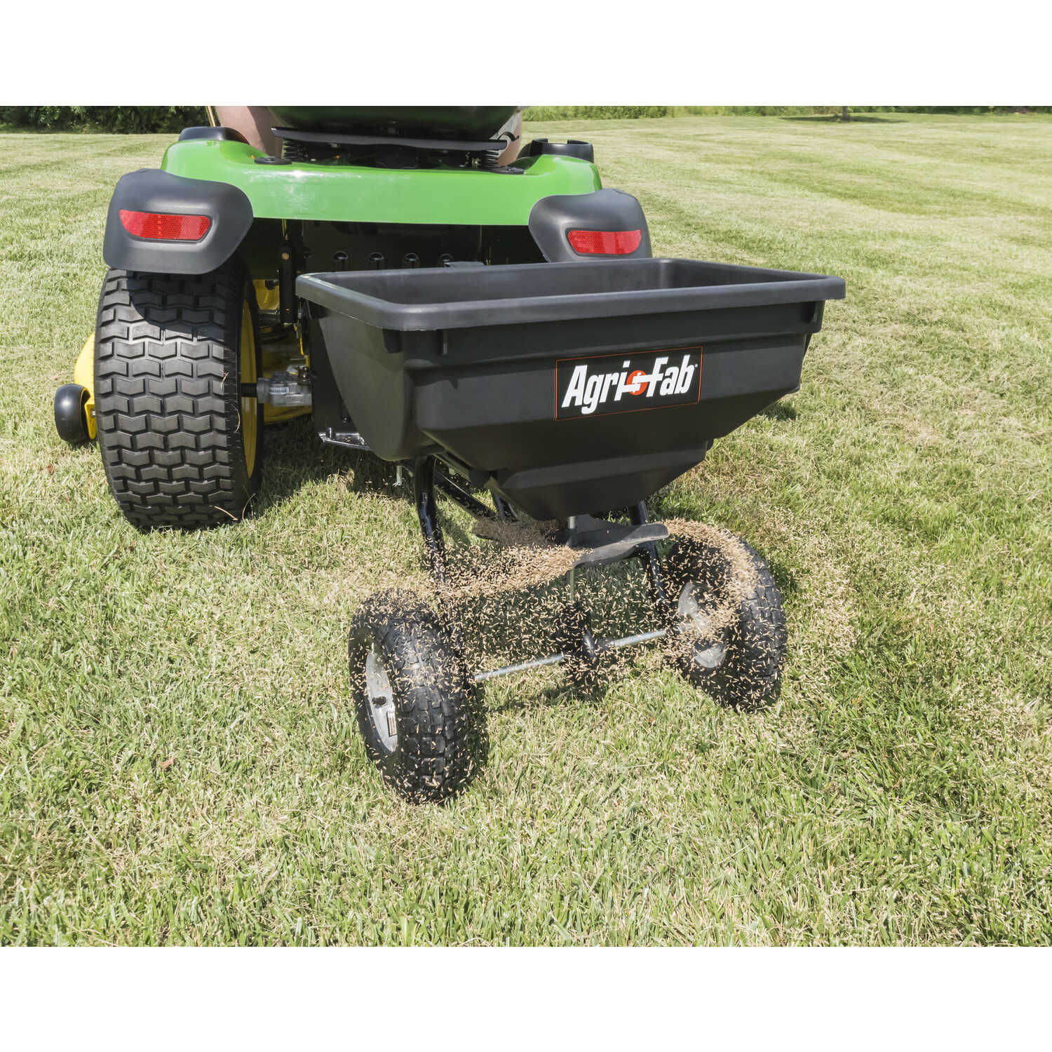 Agri-Fab  120 in. W Tow Behind  Spreader  For Ice Melt/Seeds 85 lb. capacity