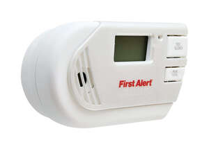 First Alert  Plug-in  Electrochemical  Explosive Gas and Carbon Monoxide Alarm