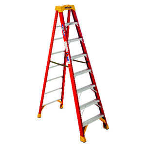 Werner  8 ft. H x 26.88 in. W Fiberglass  Type IA  300 lb. Step Ladder