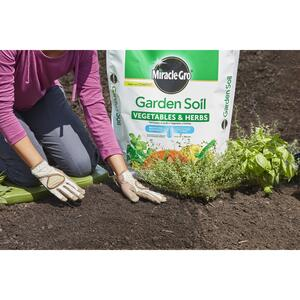 Miracle-Gro  Vegetables & Herbs  Garden Soil  1.5 cu. ft.