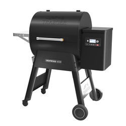 Traeger  Ironwood 650  Wood Pellet  Grill  Black