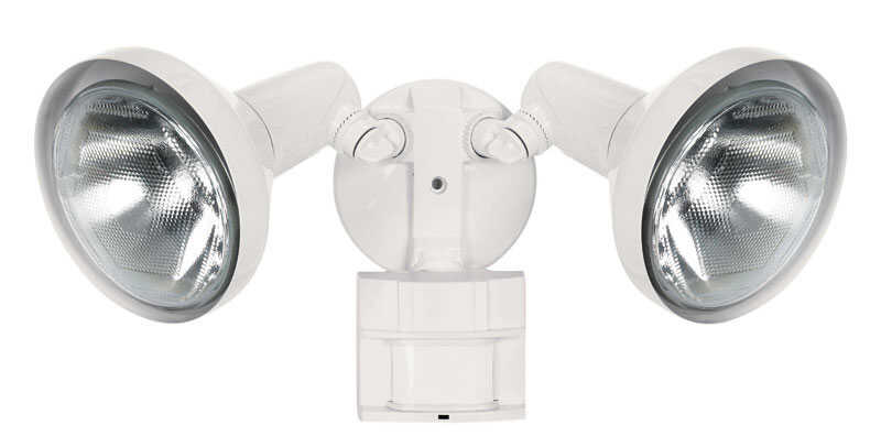 Heath Zenith  Motion-Sensing  Hardwired  Halogen  White  Floodlight
