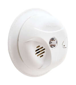 First Alert  Battery-Powered  Ionization  Smoke Detector w/Escape Light
