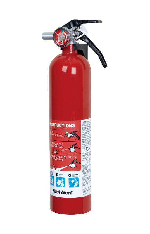 First Alert  2-1/2 lb. Fire Extinguisher  For Household OSHA/US Coast Guard Agency Approval