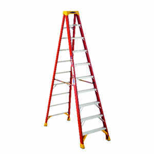 Werner  10 ft. H x 30.38 in. W Fiberglass  Type IA  300 lb. capacity Step Ladder