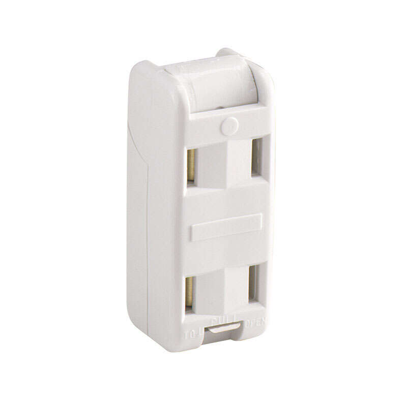 Pass & Seymour  10 amps 125 volt White  Cord Outlet  1-15R  1 pk