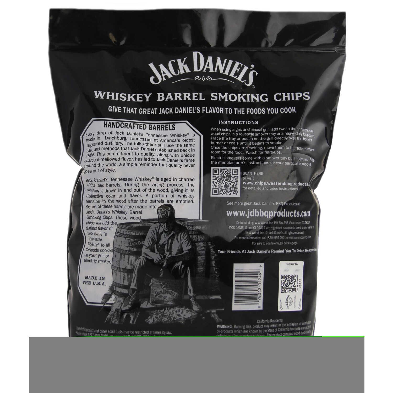 Jack Daniel's Oak Wood Smoking Chips 180 cu  in  - Ace Hardware