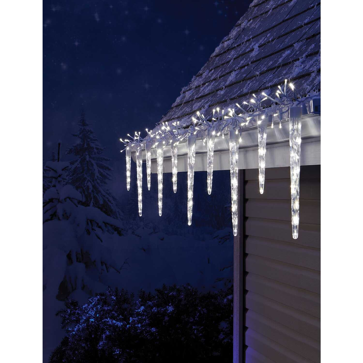 Celebrations  Euro  LED  Micro cluster with icicle-style reflectors  Light Set  Cool White  9 ft. 24