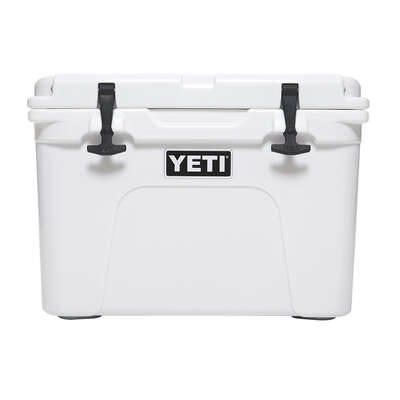 YETI  Tundra 35  Cooler  21 can White
