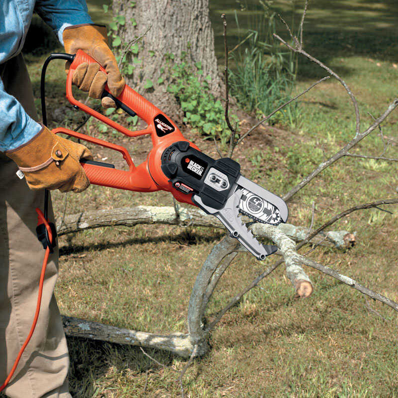 Black and Decker  Alligator  6 in. L Electric  Chainsaw