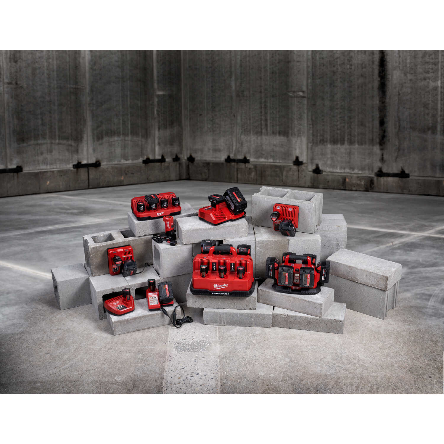 Milwaukee  M12 REDLITHIUM  XC6.0  12 volt 6 Ah Lithium-Ion  Battery Pack  1 pc.