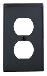 Leviton  Black  1 gang Nylon  Duplex Outlet  Wall Plate  1 pk