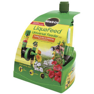 Miracle-Gro  LiquaFeed Universal  Liquid  Sprayer Starter Kit  16 oz.