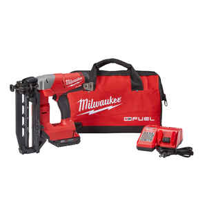 Milwaukee  M18 FUEL  16 Ga. Cordless  90 deg. Finish Nailer  Kit 18 volt