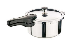 Presto  Polished Stainless Steel  Pressure Cooker  4 qt.