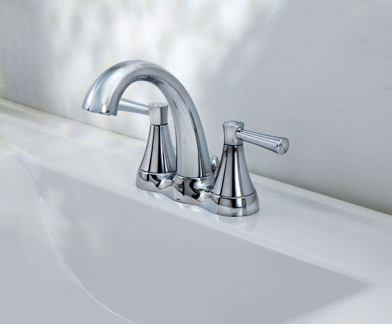 OakBrook  Modena  Two Handle  Lavatory Pop-Up Faucet  4 in. Chrome
