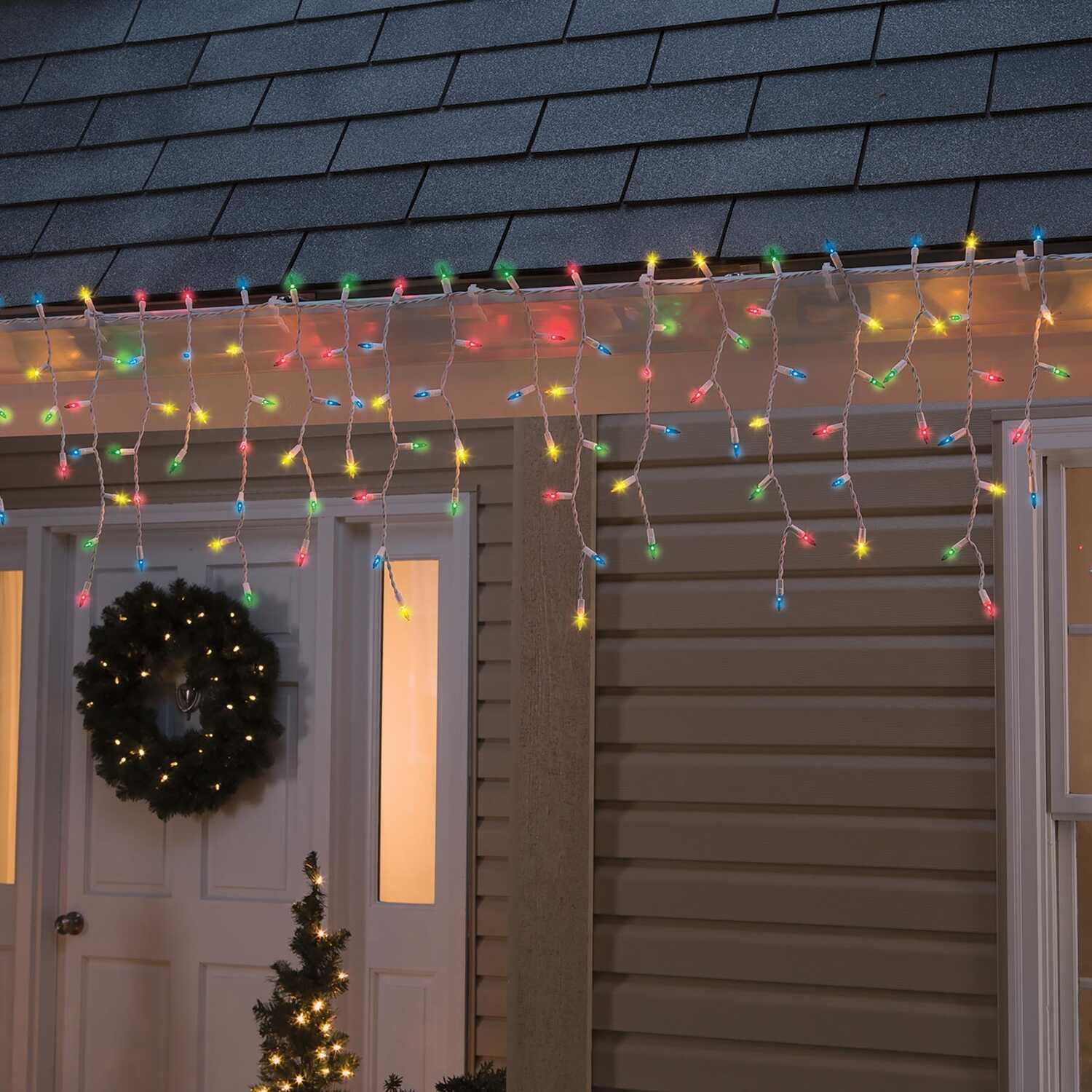 Celebrations  Incandescent  Icicle  Light Set  Multicolored  13 ft. 300 lights