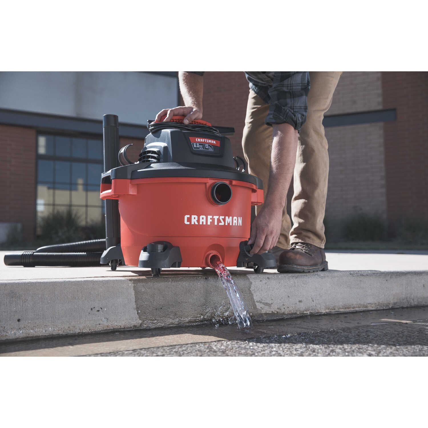 Craftsman  12 gal. Corded  Wet/Dry Vacuum  10.5 amps 120 volt 6 hp Red  26 lb.