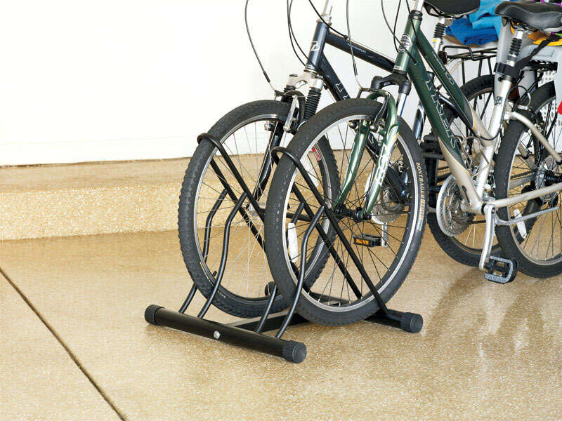 Racor  30 in. H x 22 in. L x 24 in. W Floor Bike Stand  Steel