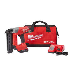 Milwaukee  M18 FUEL  18 Ga. Cordless  90 deg. Brad Nailer  Kit 18 volt