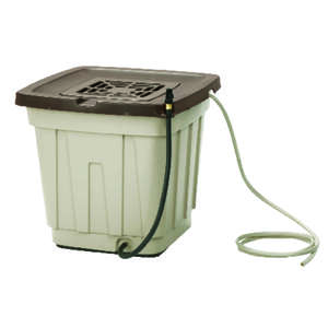 Suncast  Rain Barrel  50 gal. Resin