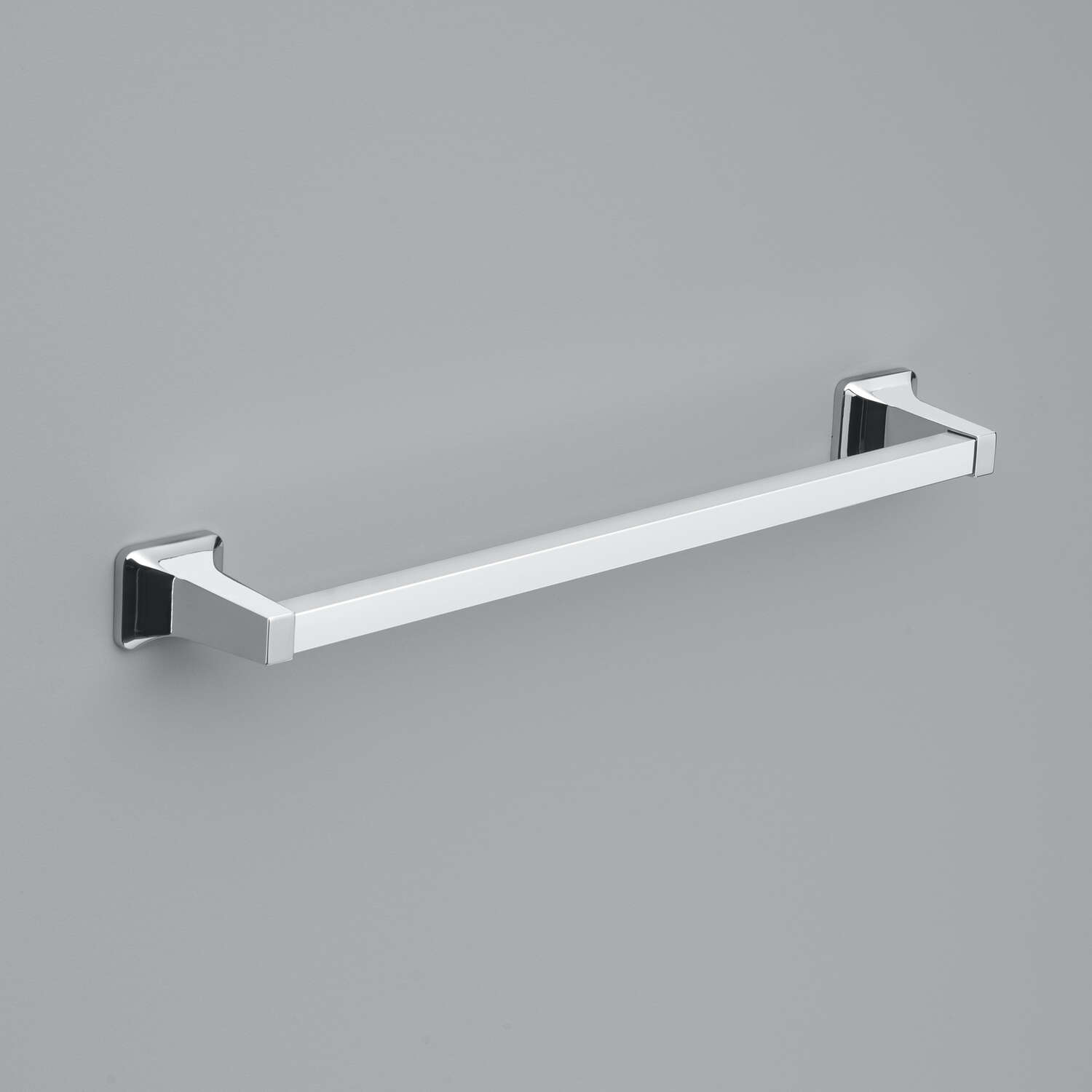 OakBrook  Chrome  Towel Bar  18 in. L Die Cast Zinc