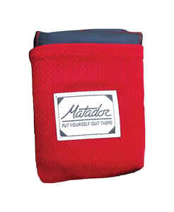 Matador  Red  Pocket Blanket  1-1/4 in. H x 44 in. W x 55 in. L 1 pk