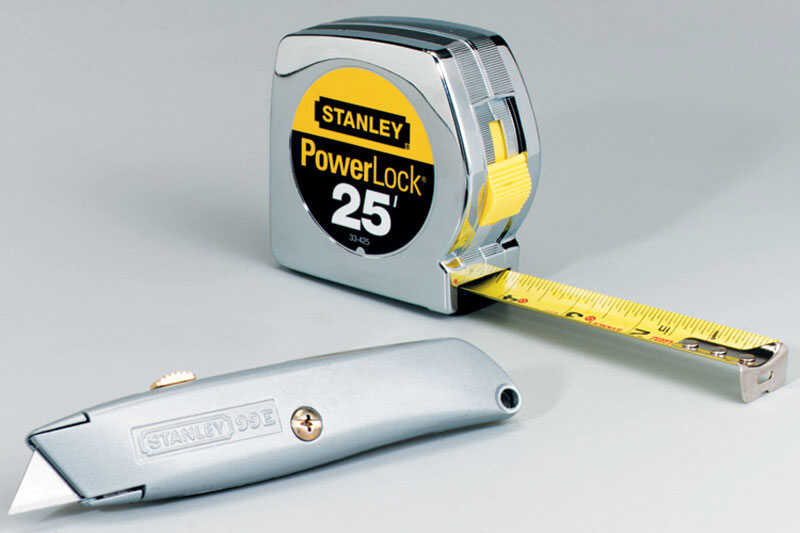 Stanley  8-9/16 in. Retractable  Silver  1 pc. Tape Measure and Utility Knife Set