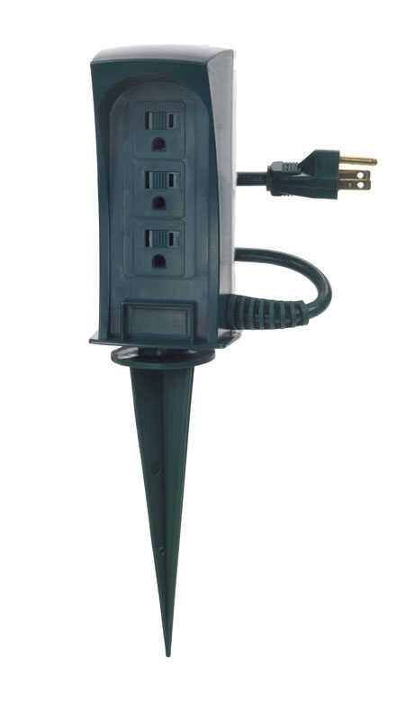 Ace  6 ft. L 3 outlets Yard Stake Power Strip  Green