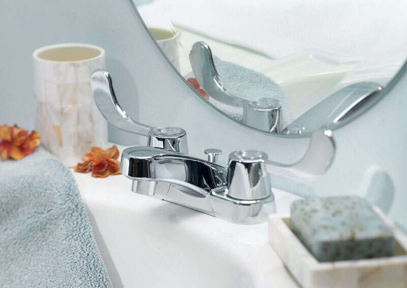 OakBrook  Coastal  Coastal  Two Handle  Lavatory Pop-Up Faucet  4 in. Chrome