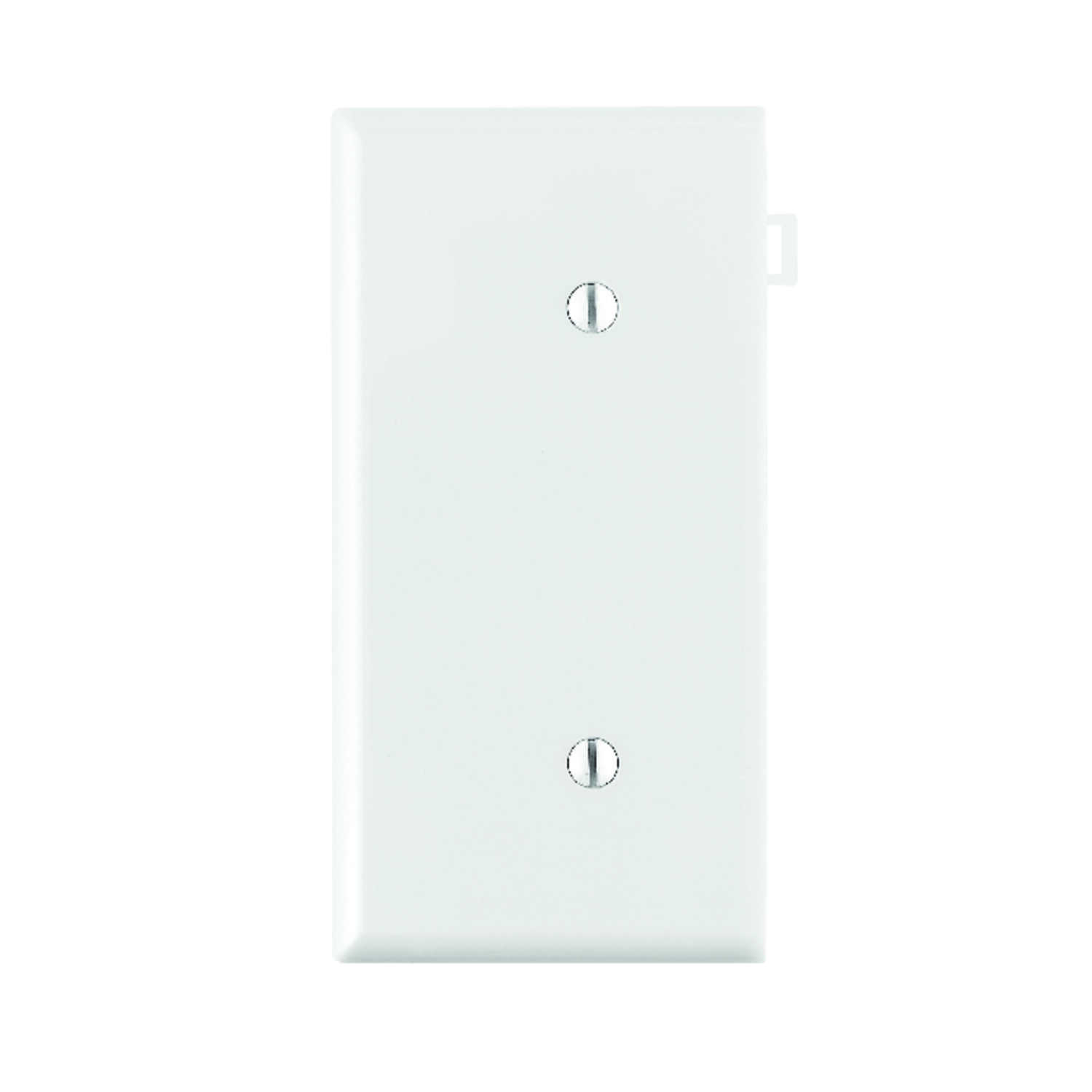 Leviton  End Section  White  1 gang Blank  Nylon  Wall Plate  1 pk
