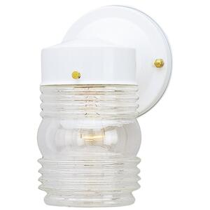 Westinghouse  Patina  White  Switch  Incandescent  Wall Lantern